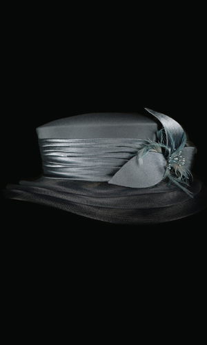 Vicky Mar Hat With Bow And Small Feather - Charcoal