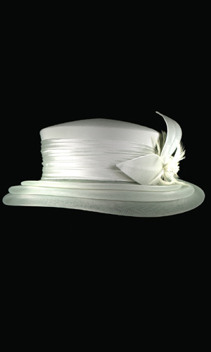 Vicky Mar Hat With Bow And Small Feather - Mild Green